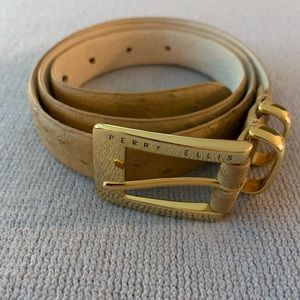 Perry Ellis camel Belt w/gold clasp